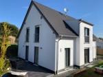 Neuhäusel: Modernes Wohnen in neuwertigem Haus! - Zentral und ruhig gelegen -