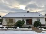 Simmern/Ww. - Ruhiges Wohnen in naturnaher Lage! Geräumiger Bungalow mit ausgebautem Dachgeschoss