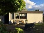 Neuhäusel: Einfamilien-Bungalow mit Doppelgarage,  sonniger Terrasse und ebenem Grundstück